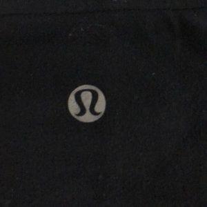lululemon athletica Shorts - Lululemon black reversible booty short sz 2